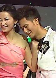 周末星派对:周逸涵在一旁演唱,却被俩人的表演抢了镜头!