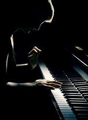 写轮指钢琴即兴演奏