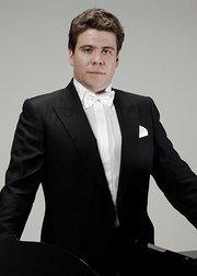 丹尼斯·马祖耶夫《钢琴与交响乐》