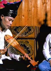 从江托里侗族牛腿琴歌,托里歌王与潘婢分精彩对唱-