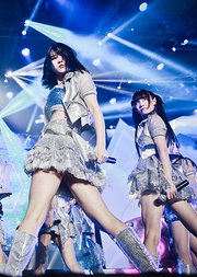 1028 SNH48 X队《梦想的旗帜》新公演首演
