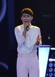 《泡沫》全场合唱,杨坤示爱邓紫棋。