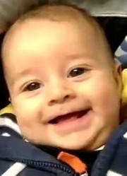 英国爸爸每天拍宝宝1秒视频直到1周岁