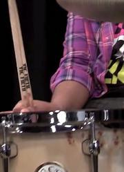 Eric Harland演示Sakae军鼓和套鼓