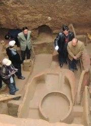 一太监墓的无意发现,牵扯一件800年的历史谜团