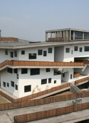 王祖蓝:这个学校像迷宫 中国美院景色盘点