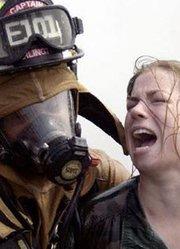 实录美国女兵被虐式集训