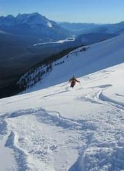 《废墟与玫瑰》| 跟随双板滑雪高手 探索阿拉斯加的高山
