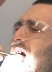 英国第一丑牙