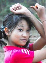 中缅边境少女:讲述经历战争创伤的果敢女孩