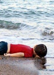 危机中的难民儿童
