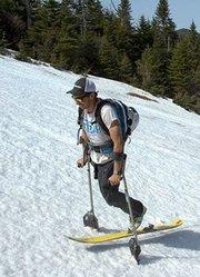 《雪线独行》|励志:独腿侠的荒野滑雪挑战