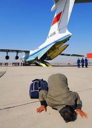 利比亚撤侨行动-紧急起飞