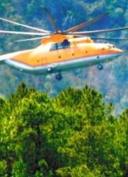 米-26直升机救火场景:吊起重达8吨的水,赶赴火场灭火