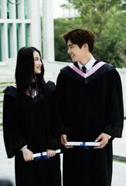 毕业不落寞青春有爱不分手